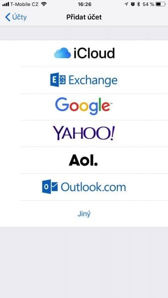 Jak nastavit email na iPhone
