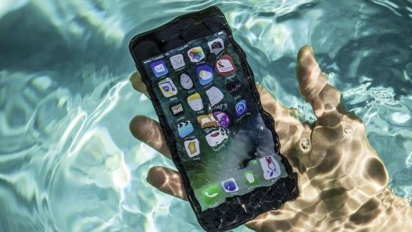 Odolnost iPhone 7 proti vodě