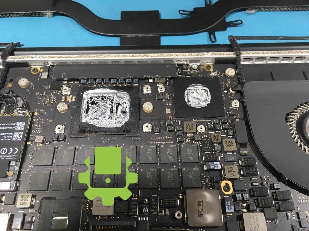 chladící pasta macbook