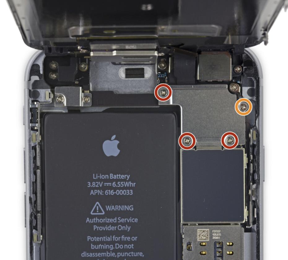 iphone rozložení šroubků